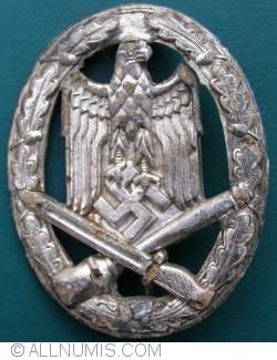 Image #1 of German WWII general assault award