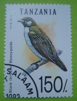Image #1 of 150 Shillings 1992 - Black throated honeyquide
