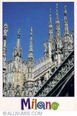 Imaginea #2 a Milan - Faţada gotică a Catedrale
