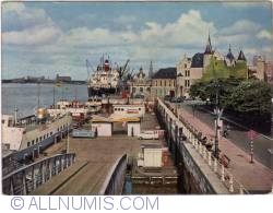 """Image #1 of Antwerpen - Tourist boat """"Flandria"""" landed his quay (Aanlegplaats der plezierboten """"Flandria"""" nabij het Steen) (1980)"""