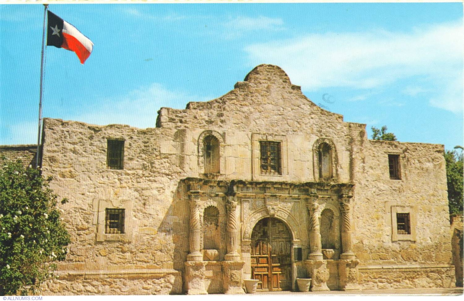 the alamo Alamo, battle of the the siege and the final assault on the alamo in 1836 constitute the most celebrated military engagement in texas history.