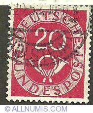 Image #1 of 20 - Bundepost