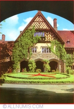 Image #1 of Cecilienhof - Inner Courtyard