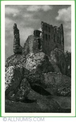 Image #1 of Bobolice Castle (1950)