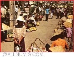 Image #1 of Huế - The marketplace (1978)