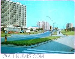 """Image #1 of Rzeszów - Avenue of July 22 and Hotel """"Rzeszów"""" (1987)"""