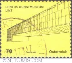 Image #1 of 70 €c 2011 - Lentos Kunstmuseum Linz