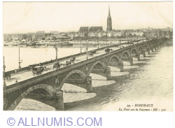 Image #1 of Bordeaux - Bridge over the Garonne (1916)