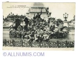 Image #1 of Bordeaux - Fontaine du Monument aux Girondins (1920)