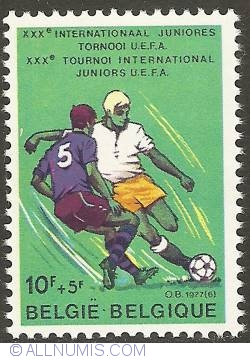 Image #1 of 10 + 5 Francs 1977 - Young Soccer Players