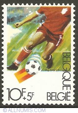 Image #1 of 10 + 5 Francs 1982 - Soccer