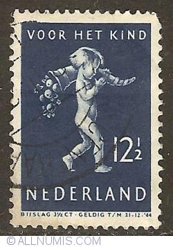 Image #1 of 12 1/2 + 3 1/2 Cent 1939 - Child with Cornucopia