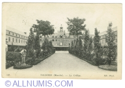 Image #1 of Valognes - High School (1916)
