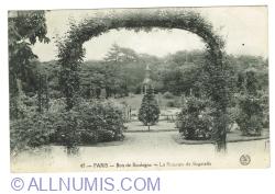 Image #1 of Paris - Bois de Boulogne - La Roseraie de Bagatelle (1919)