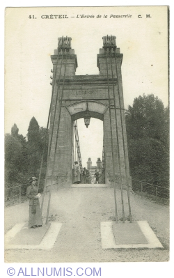 Image #1 of Créteil - Entrance of the Passerelle (1917)