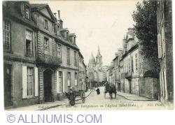 Image #1 of Valognes - Rue des Religieuses et l'eglise Saint Malo