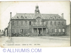 Image #1 of Valognes - Town Hall