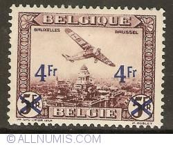 Image #1 of 4 Francs 1935 - Airmail - Plane above Brussels - overprint on 5 Francs LP4
