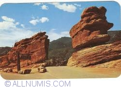 Image #1 of Colorado - Colorado Springs. Garden of the Gods. Balanced and Steamboat Rocks (1961)