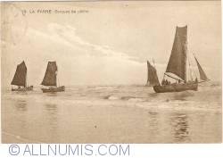 Image #1 of De Panne - Fisherboats (Barques de pêche)