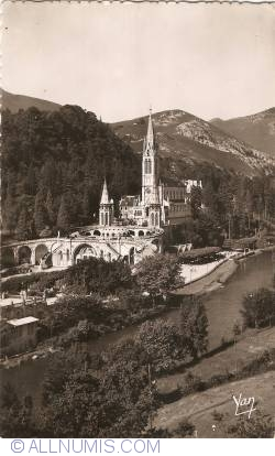 Image #1 of Lourdes - Basilica (1954)
