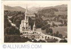 Imaginea #1 a Lourdes - Bazilica văzută dinspre Castel