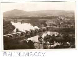 Image #1 of Metz - La Moselle, Le Pont des Morts et le Mont St-Quentin (1934)