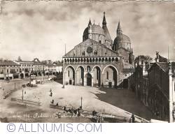 Image #1 of Padua - Basilica of Saint Anthony (Basilica di Sant'Antonio)