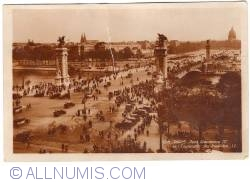 Imaginea #1 a Paris - Podul Alexandru al III-lea și Esplanade des Invalides (Pont Alexandre III et l'Esplanade des Invalides) (1958)