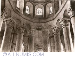 Image #1 of Saint-Savin - Abbey Church of Saint-Savin-sur-Gartempe. Upper part of the Choir (XIth Century) (1953)