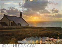 Imaginea #1 a Pointe du Van (Bretagne) - Apus de soare la Capela Saint-They (1979)