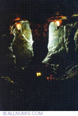 Image #1 of Dambovicioara Cave
